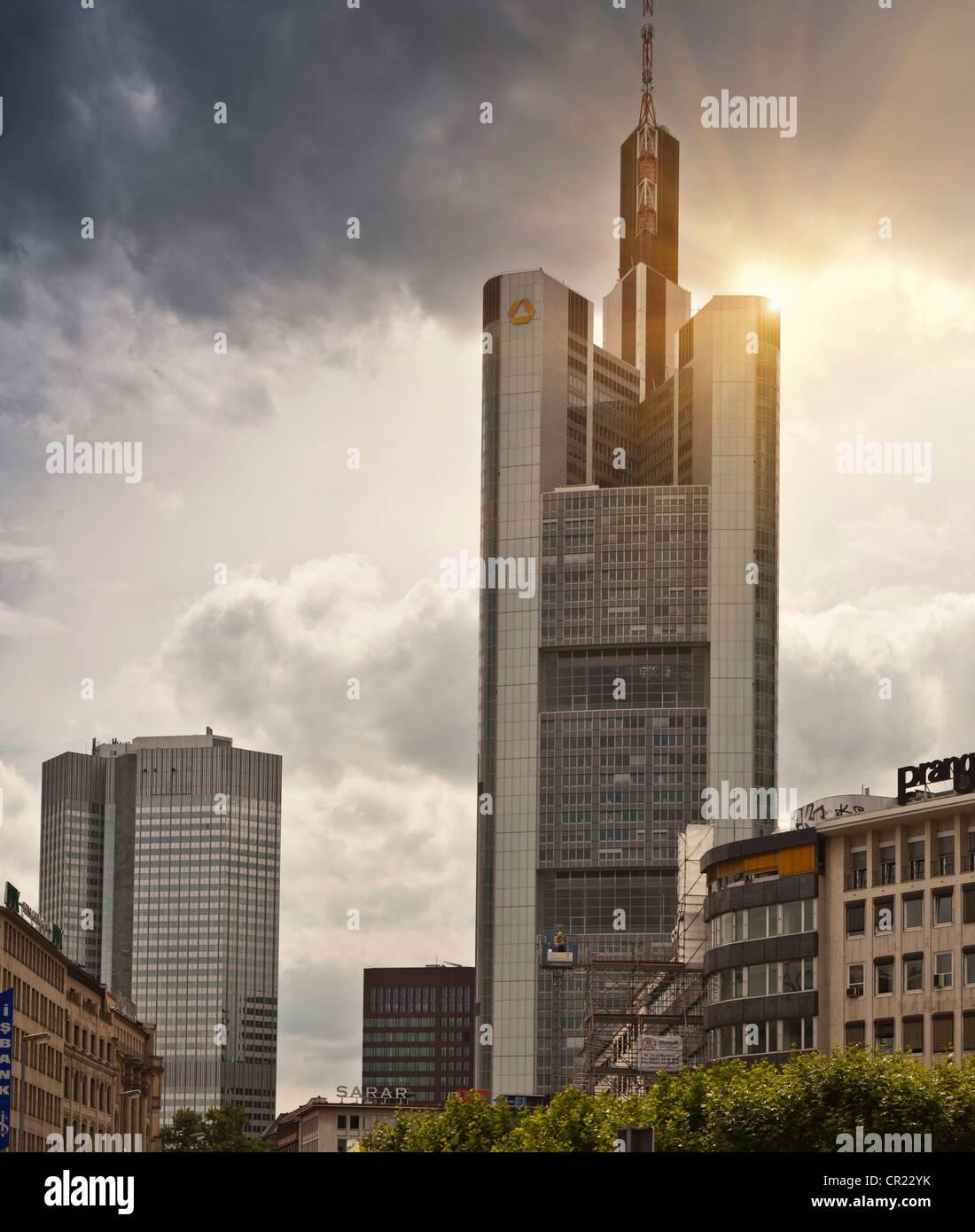 Grattacieli in centro città Immagini Stock