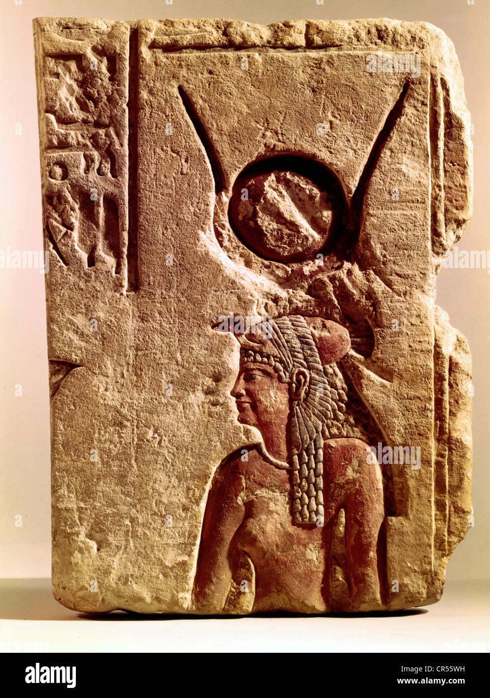 Isis, dea egizia, dea madre, dea protettivo e mezza lunghezza, rilievo, Kestner Museum, Hannover, Additional-Rights Foto Stock