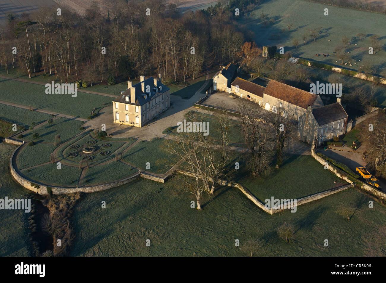 Francia, Calvados, Creully, Castello Creullet, sede del generale Montgomery in giugno 1944 (vista aerea) Foto Stock