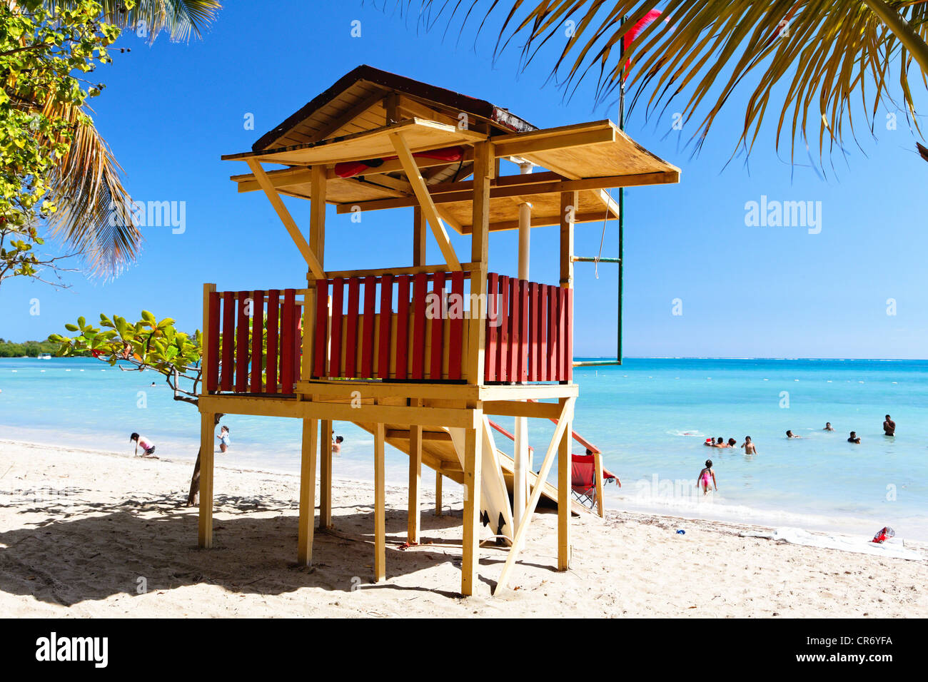 Bagnino capanna sulla spiaggia, Cana Gorda, Guanica, Puerto Rico Immagini Stock