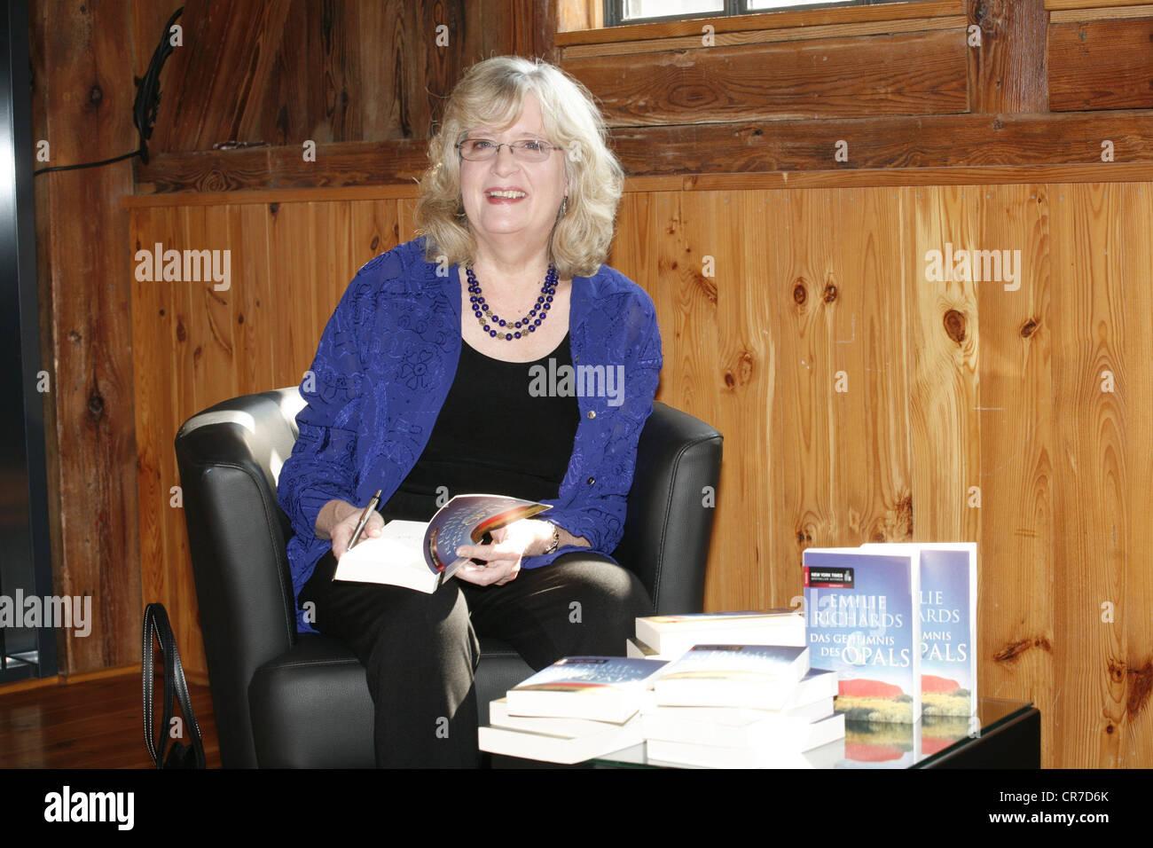 """Richards, Emilie, American autrice / autore / scrittore, mezza lunghezza, photocall per la ZDF SERIE TV """"Emilie Immagini Stock"""