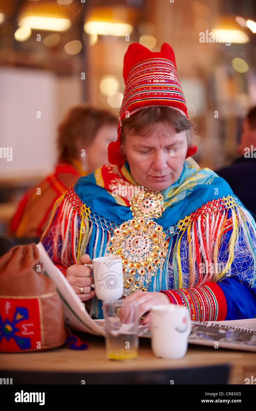 Norvegia, Finnmark County, Karasjok Sami Il Parlamento, il Sametinget, 2009 nuova assemblea plenaria con il nuovo Immagini Stock