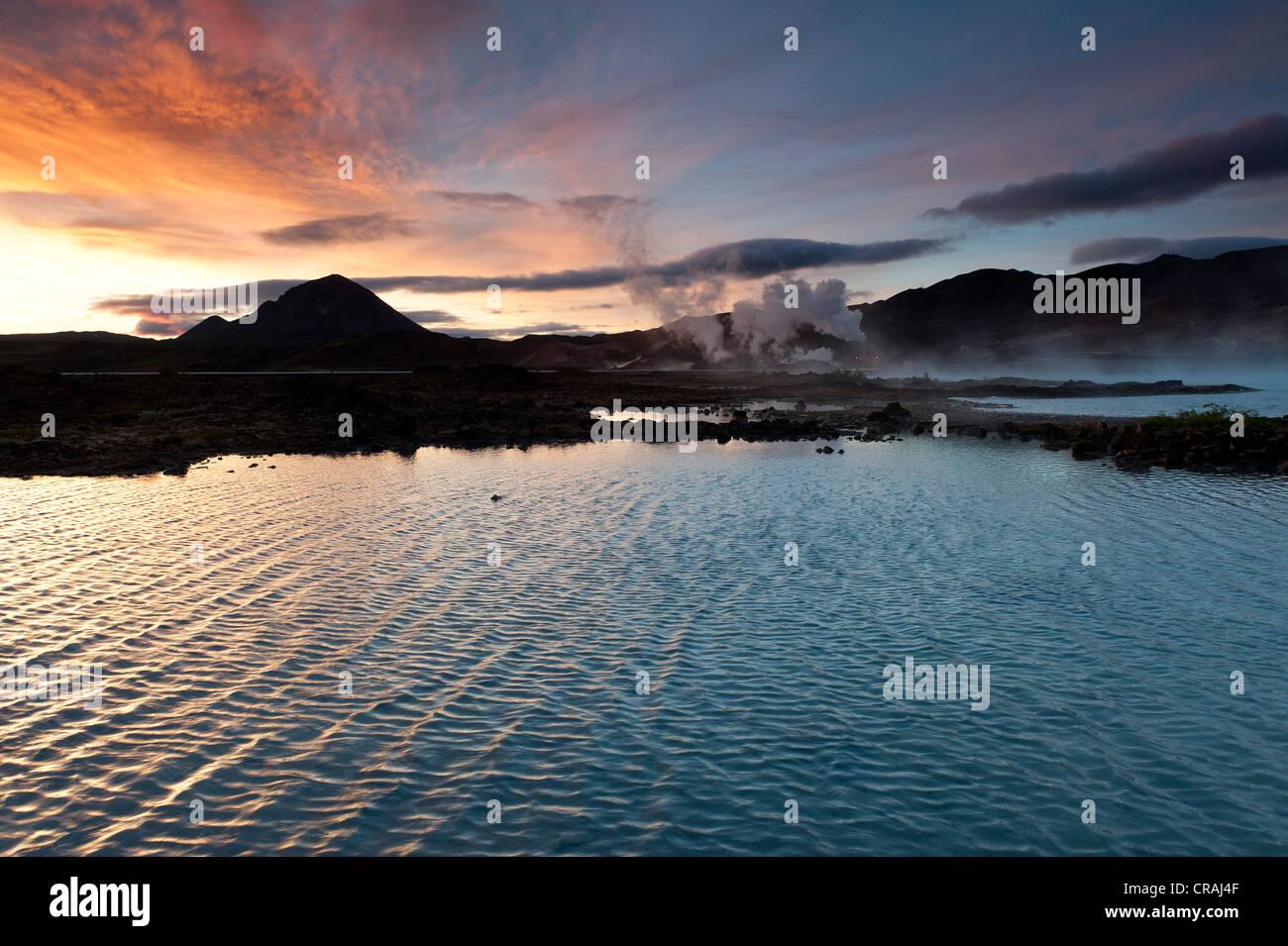 La generazione di energia, energia geotermica, nei pressi del Lago Myvatn, Nord Islanda, Europa Immagini Stock