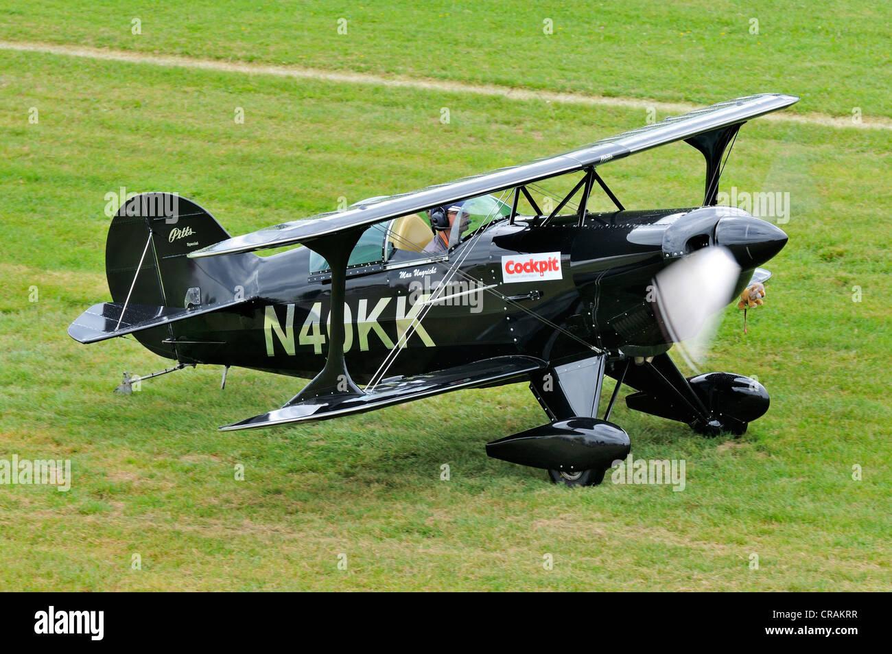 US-americano biplano acrobatico Pitts S-1C, in Europa la più grande riunione di aeromobili d'epoca a Hahnweide, Immagini Stock