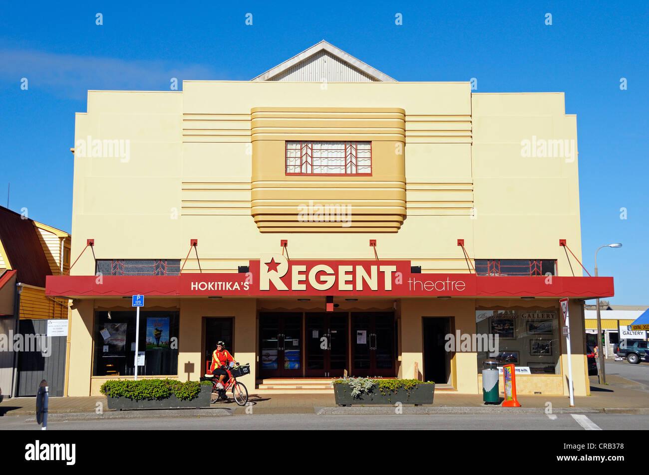 Movie Theater con elementi Art Deco nella città di Hokitika, costa ovest dell'Isola del Sud della Nuova Immagini Stock