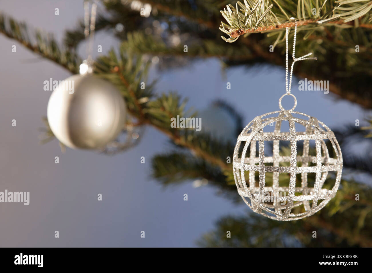 Close up di ornamento su albero di Natale Immagini Stock