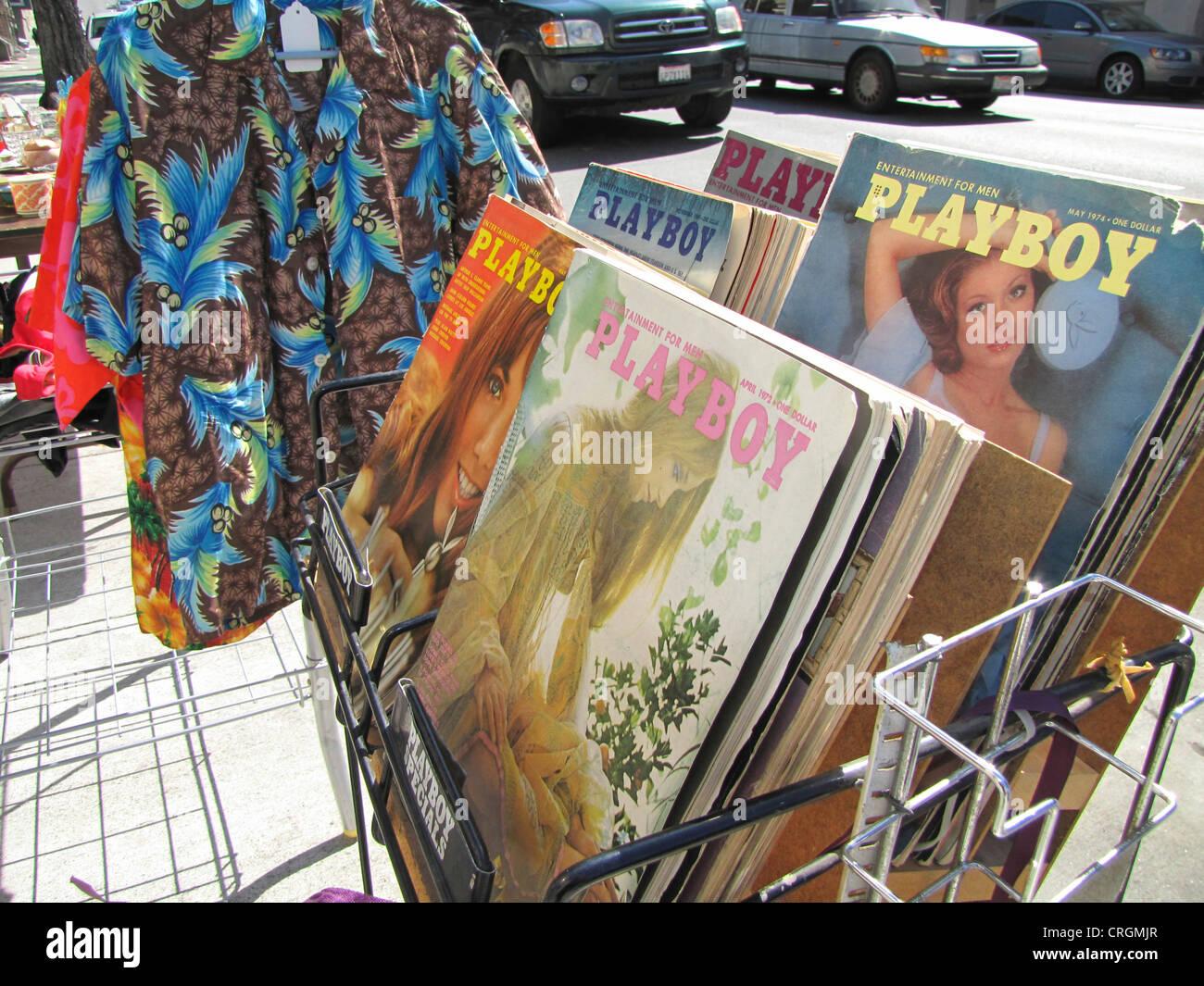 Vecchie questioni antiquario della rivista Playboy degli anni settanta su un mercato delle pulci, Stati Uniti, California, Immagini Stock