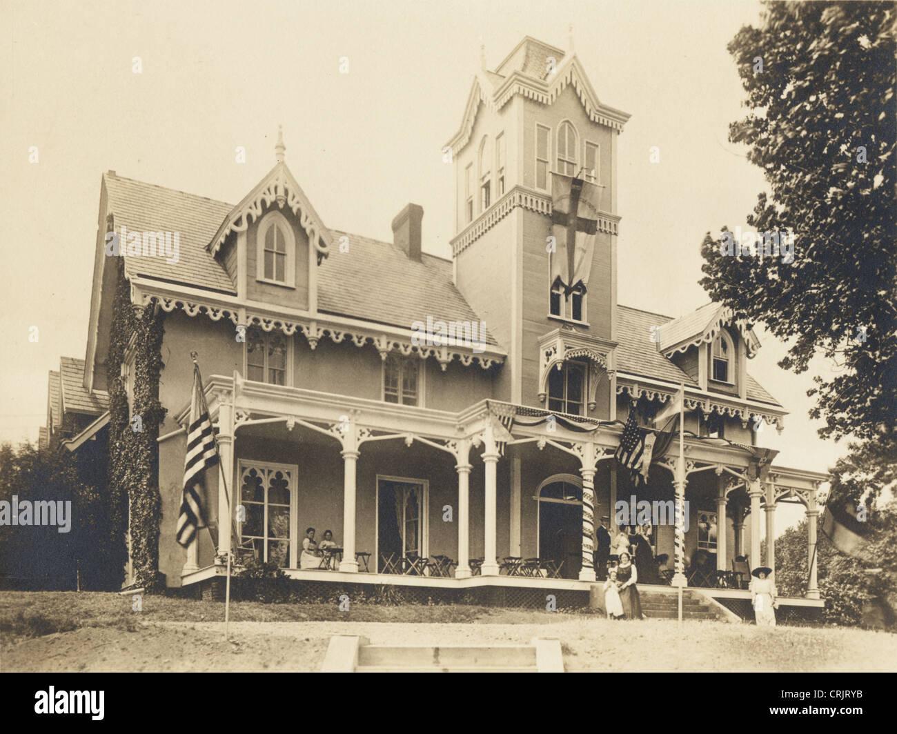 Vasto Steamboat in stile gotico vittoriano precoce Mansion Immagini Stock