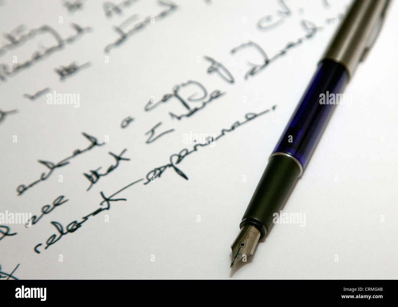 Penna di fontana e scrittura, Londra Immagini Stock