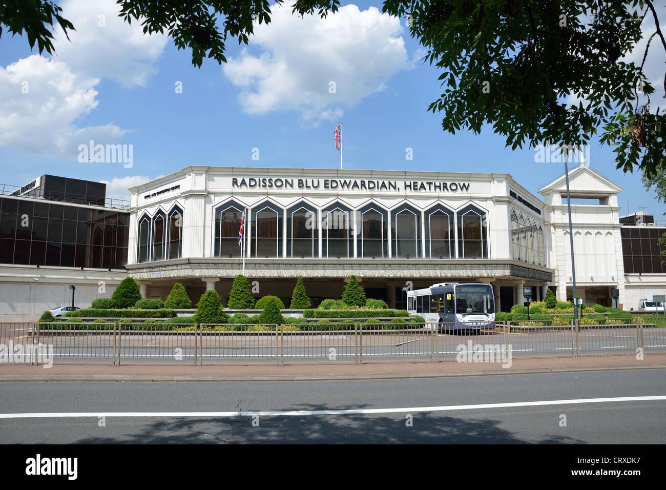 Radisson Blu Hotel Eduardiano, Bath Road, l'aeroporto di Heathrow, London Borough di Hounslow, Greater London, Immagini Stock