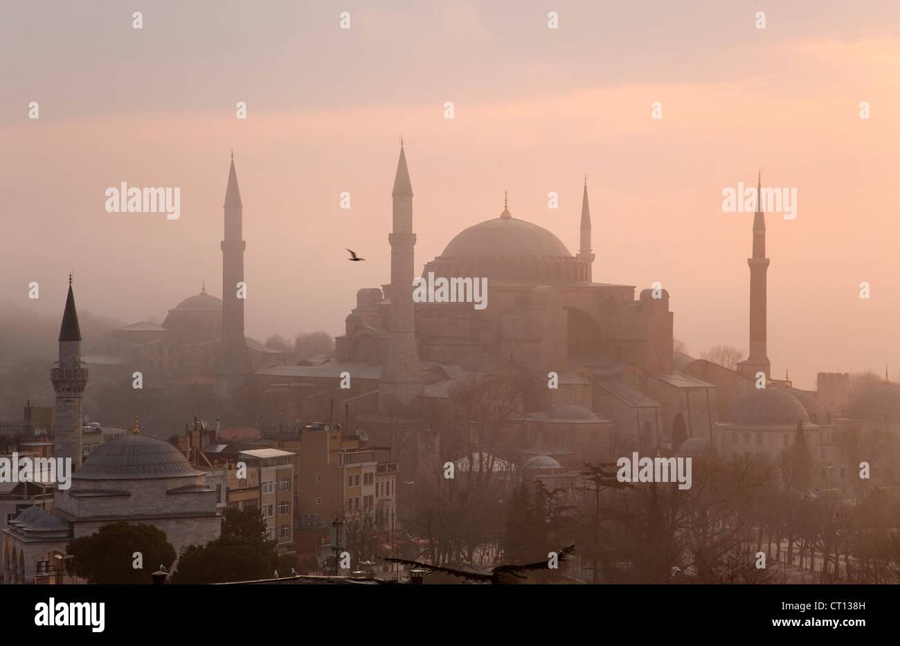 Vista aerea di Istanbul all'alba Immagini Stock