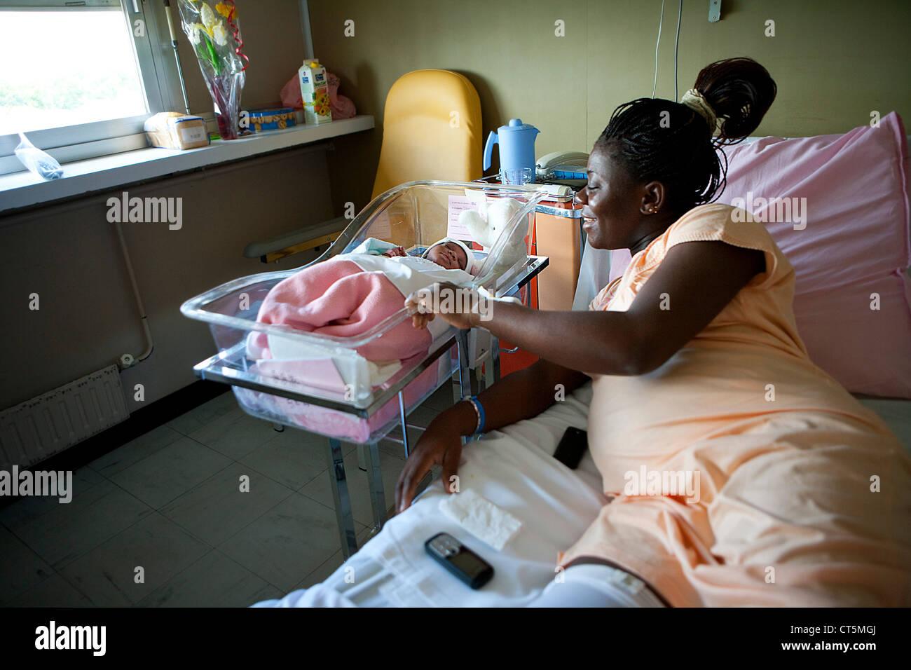 La madre e il neonato Immagini Stock