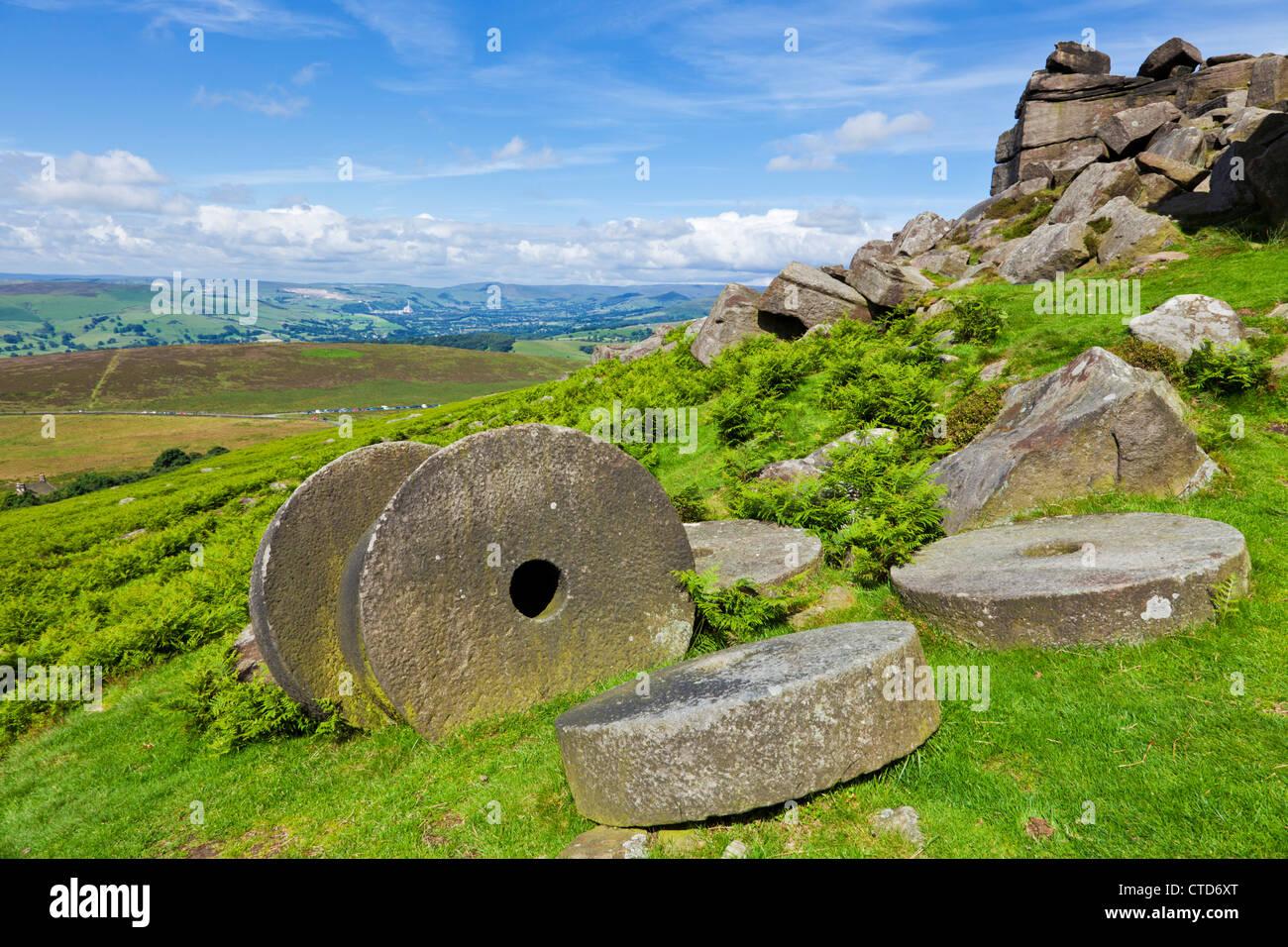 Macine abbandonate bordo Stanage Peak District Derbyshire England Regno Unito gb eu europe Immagini Stock