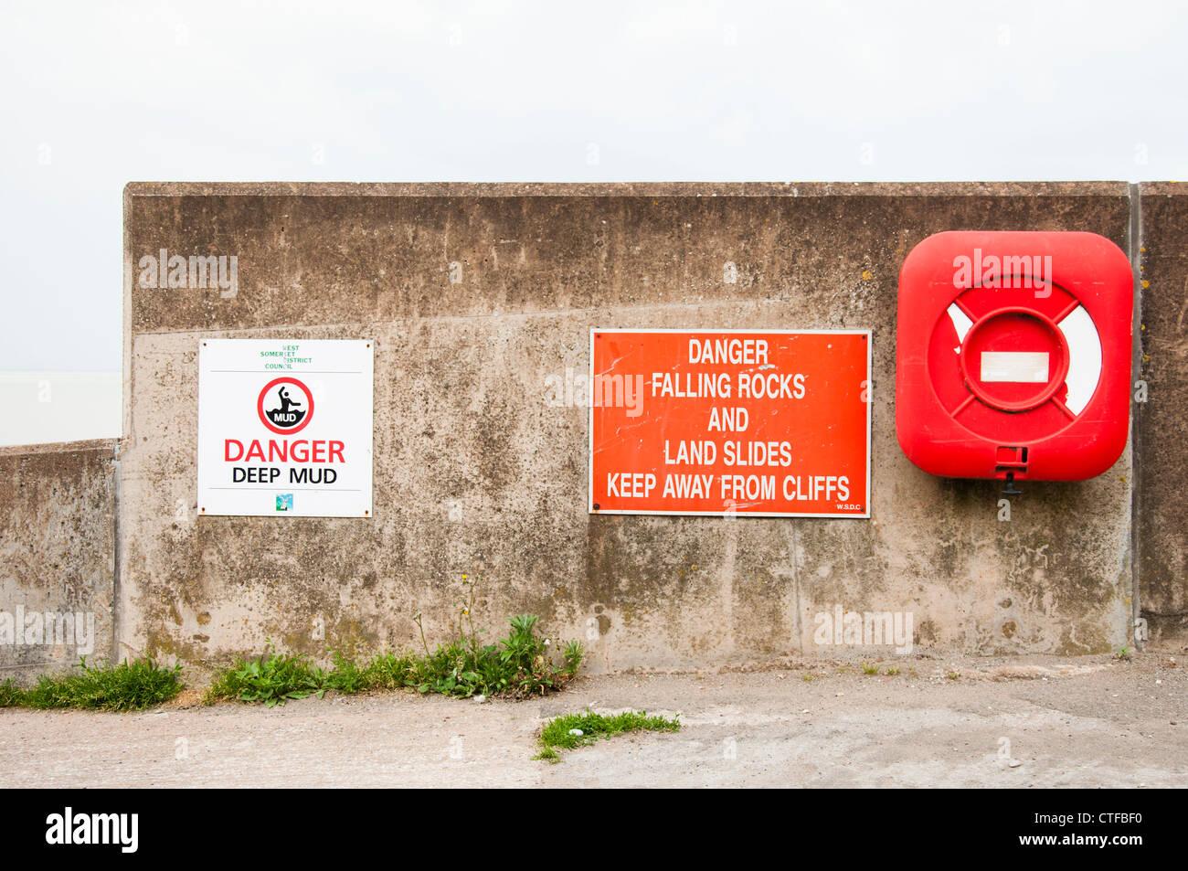 Spiaggia di pericoli nel Watchet, West Somerset. Regno Unito Immagini Stock