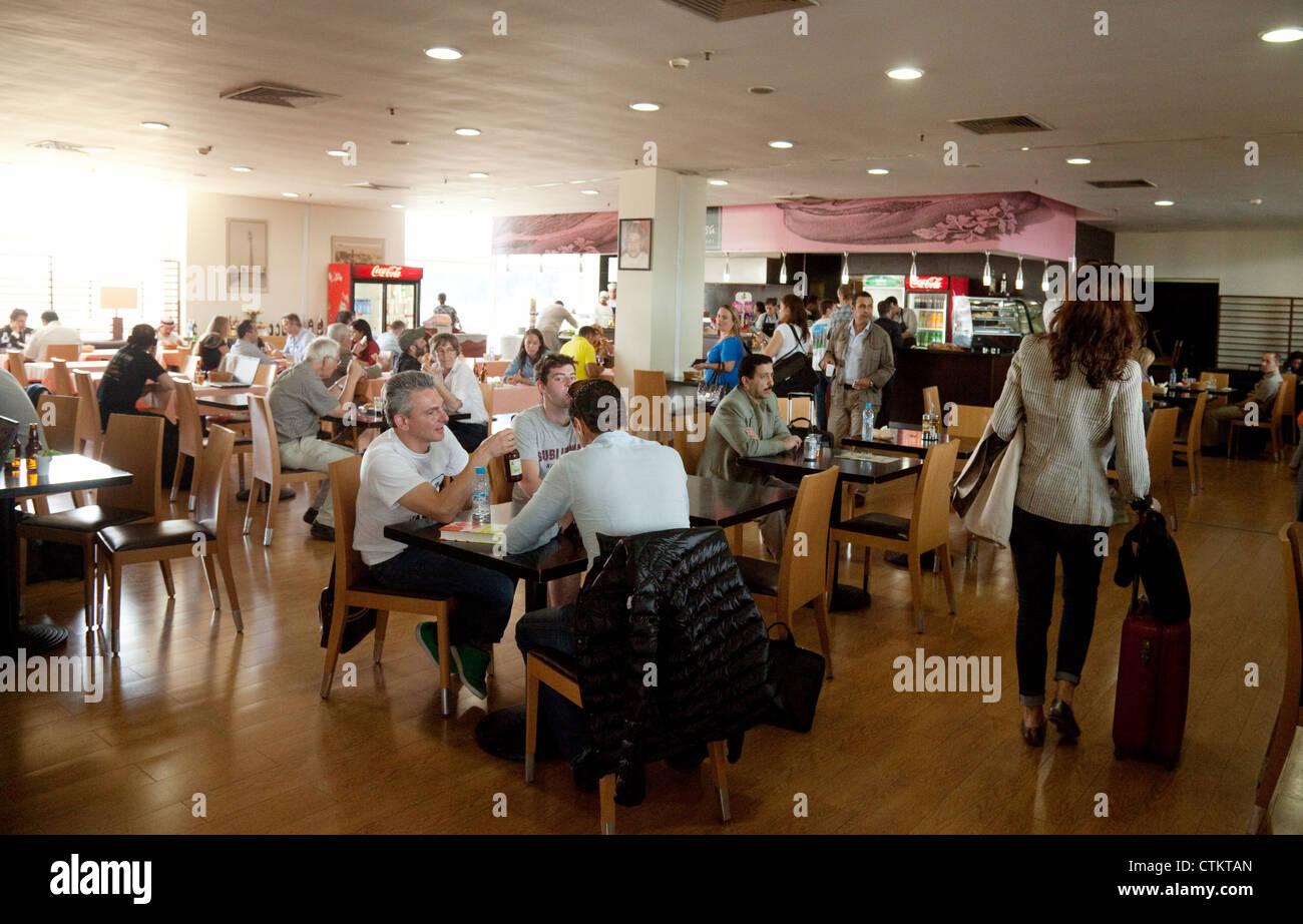 Ristorante Cafe, interno, Aeroporto di Casablanca terminale, Marocco Immagini Stock