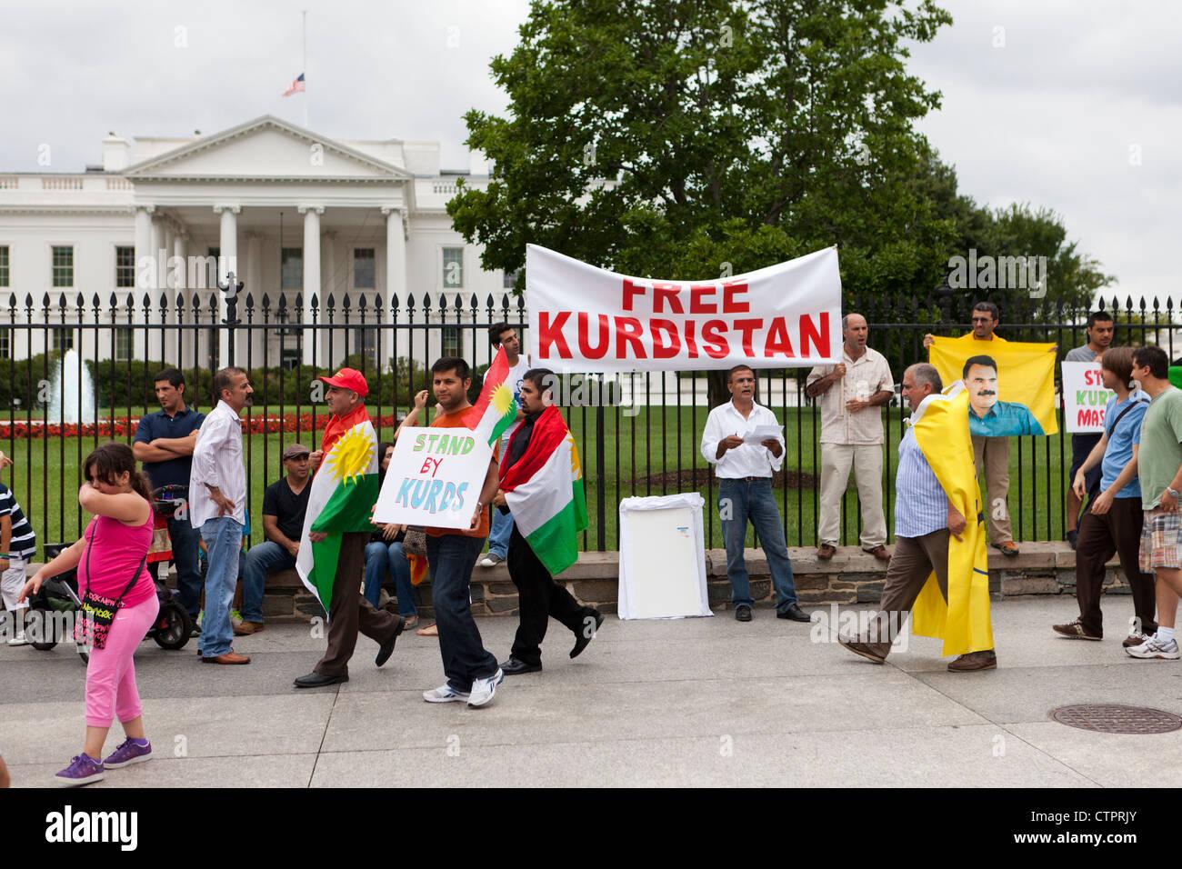 American curdi protesta di fronte alla Casa Bianca Immagini Stock