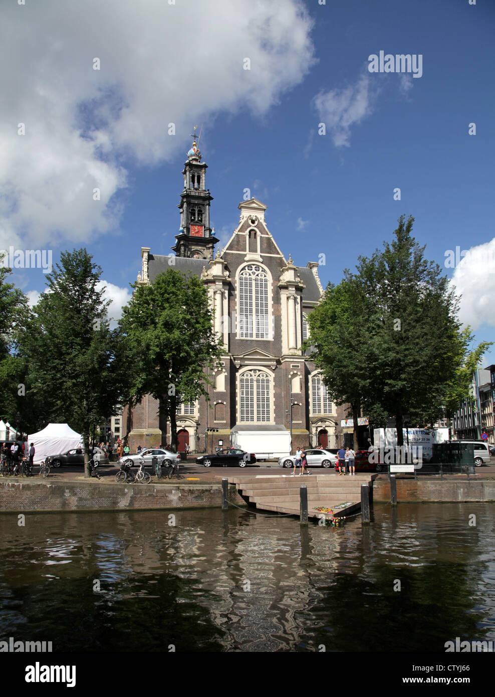 Amsterdam.Wester chiesa.Westerkerk.canali.Homomonument. Immagini Stock