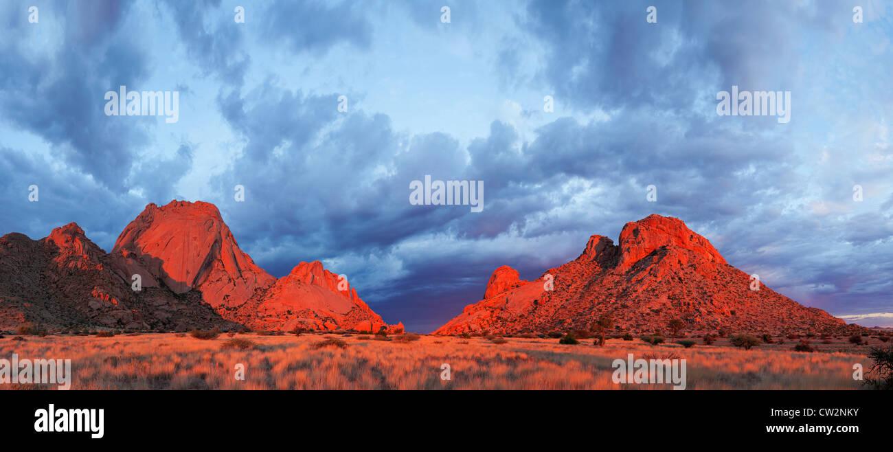 Vista panoramica della Spitzkoppe e circonda.Namibia Immagini Stock