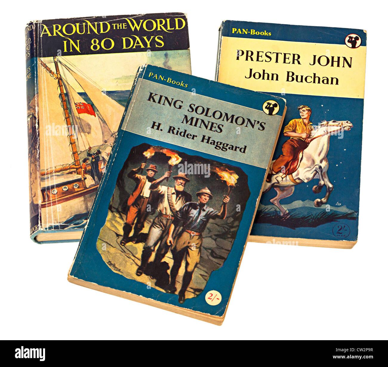 Classica avventura per bambini libri di storia di Jules Verne, H. Rider Haggard e John Buchan Immagini Stock