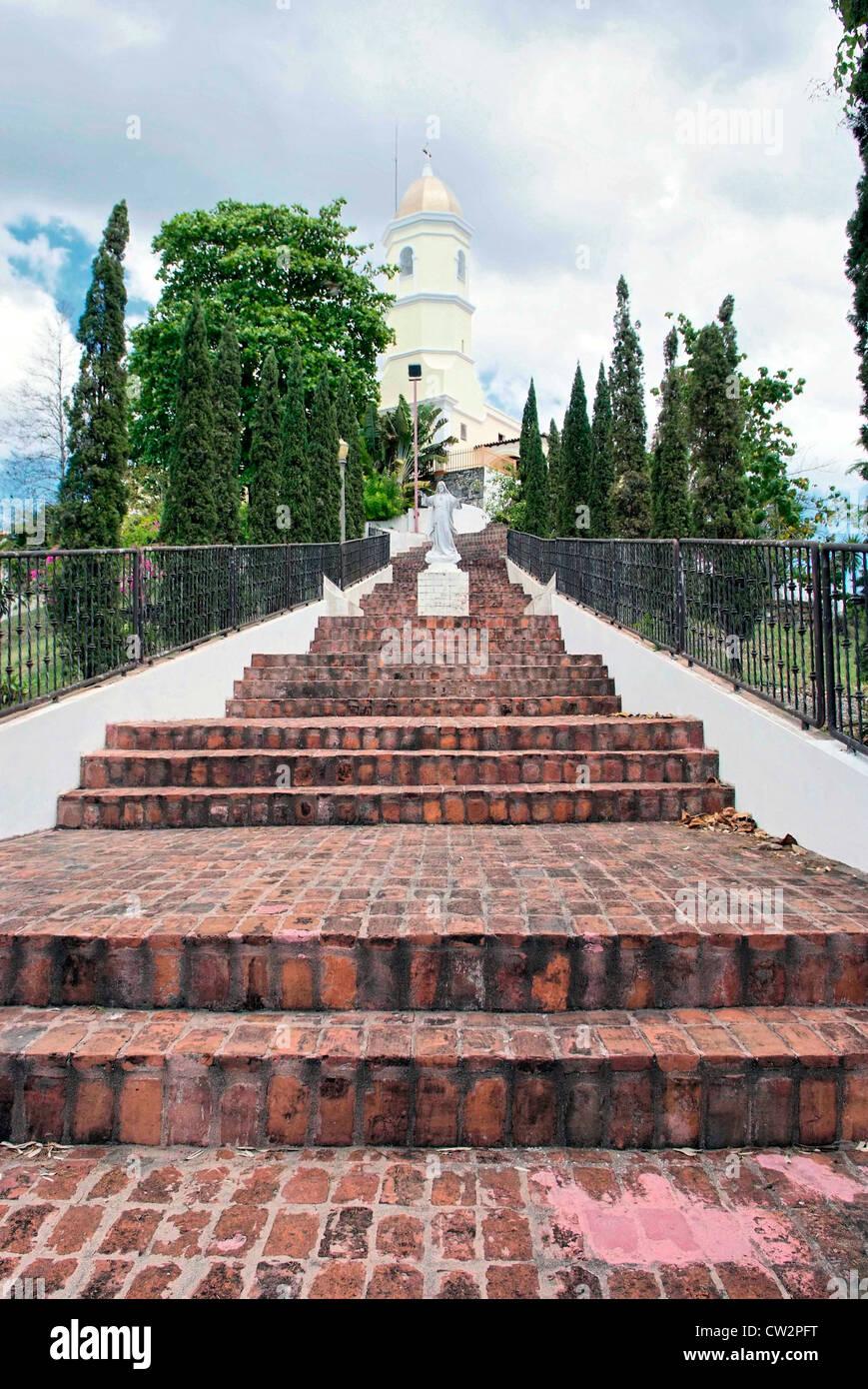 PUERTO RICO - Hormigueros la Basilica di Nostra Signora di Montserrat 49be04ad20d