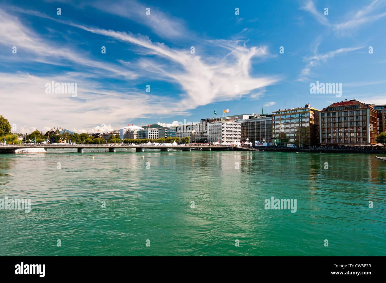 Vista panoramica di Ginevra, Svizzera con fontana Jet d'Eau Immagini Stock