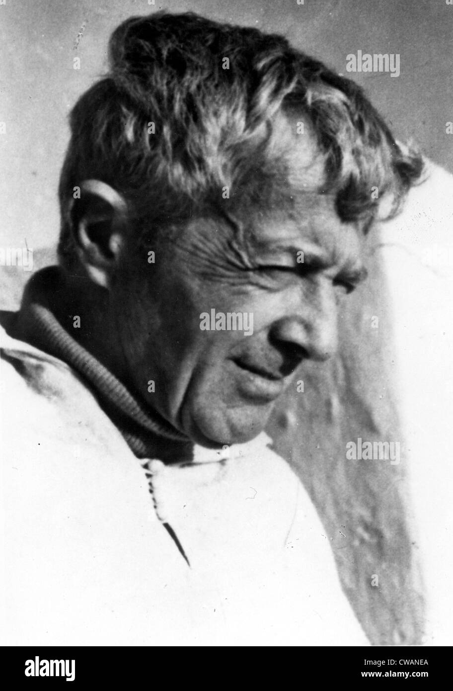 Paul Bowles, circa ottanta. La cortesia: CSU Archivi / Everett Collection Immagini Stock