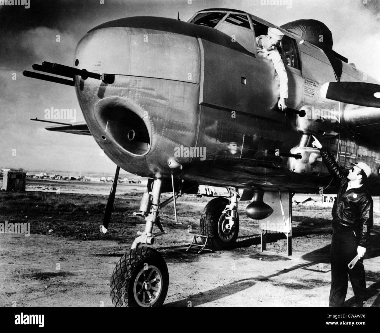 B-25 bombardiere Mitchell, utilizzate contro i tedeschi durante la II Guerra Mondiale, aprile 1944. La cortesia: Immagini Stock