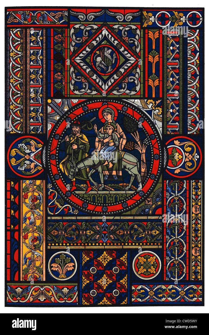 Romanico Ages-Gothic centrale in vetro colorato Immagini Stock