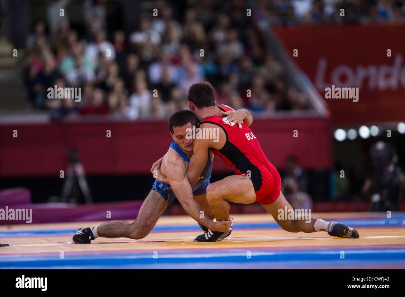 Uomini 55kg Freestyle Wrestling a t egli Olimpiadi estive, Londra 2012 Immagini Stock