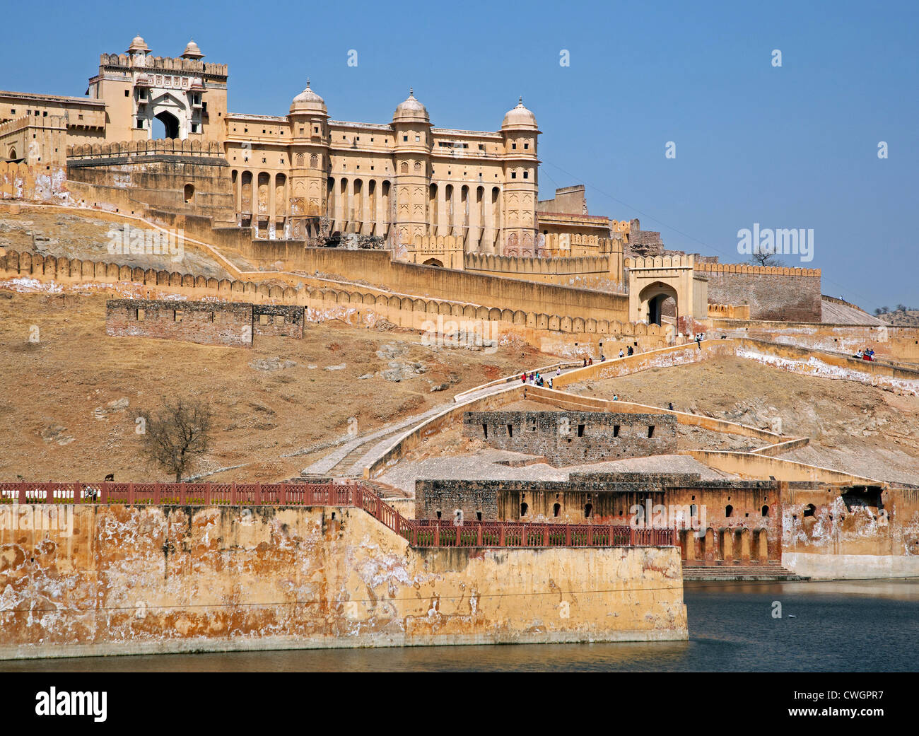 Forte Amer / Ambra Fort, palazzo in pietra arenaria rossa a Amer vicino a Jaipur, Rajasthan, India Immagini Stock