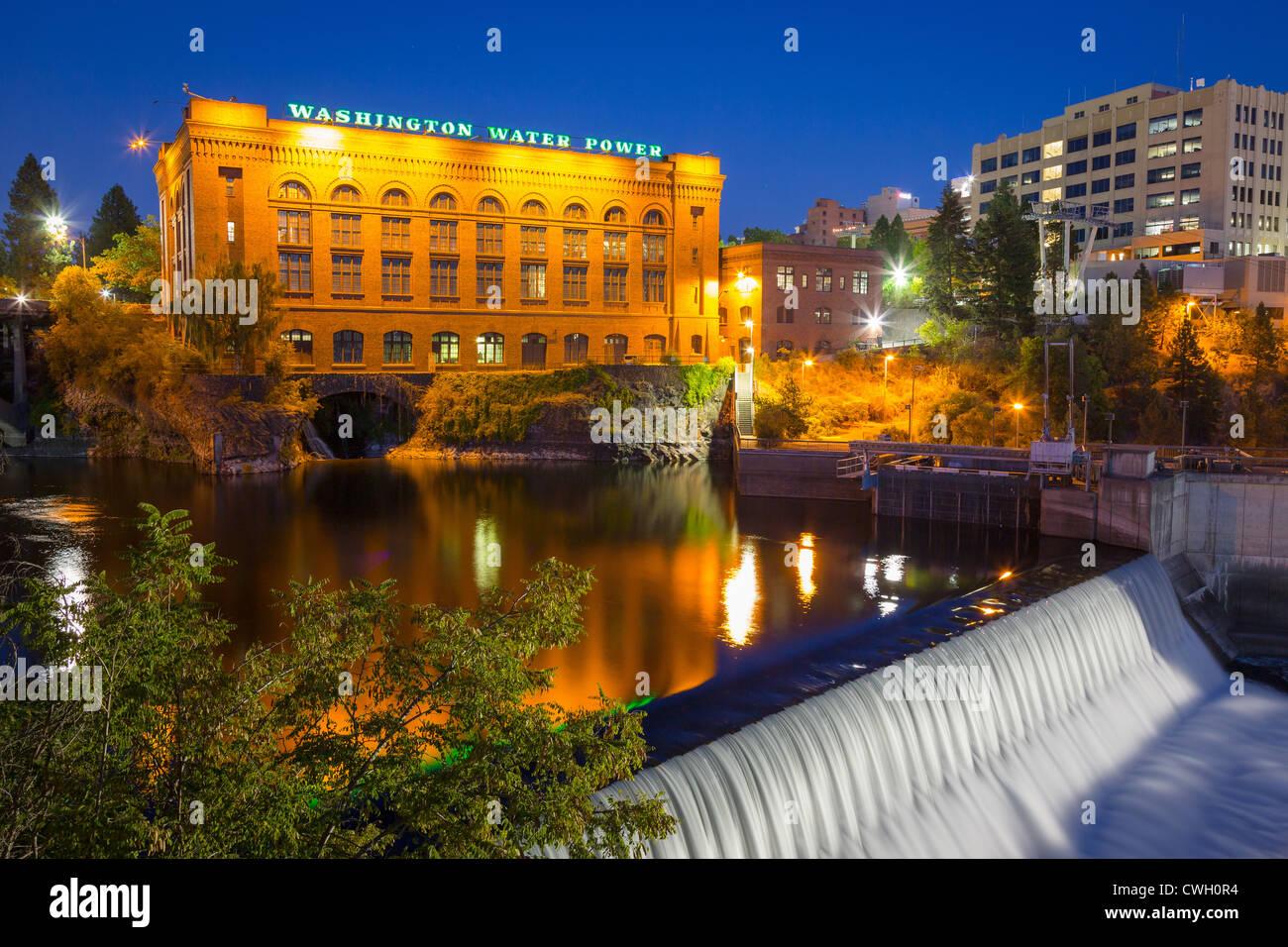 Washington il potere di acqua edificio in Spokane Washington di notte Immagini Stock