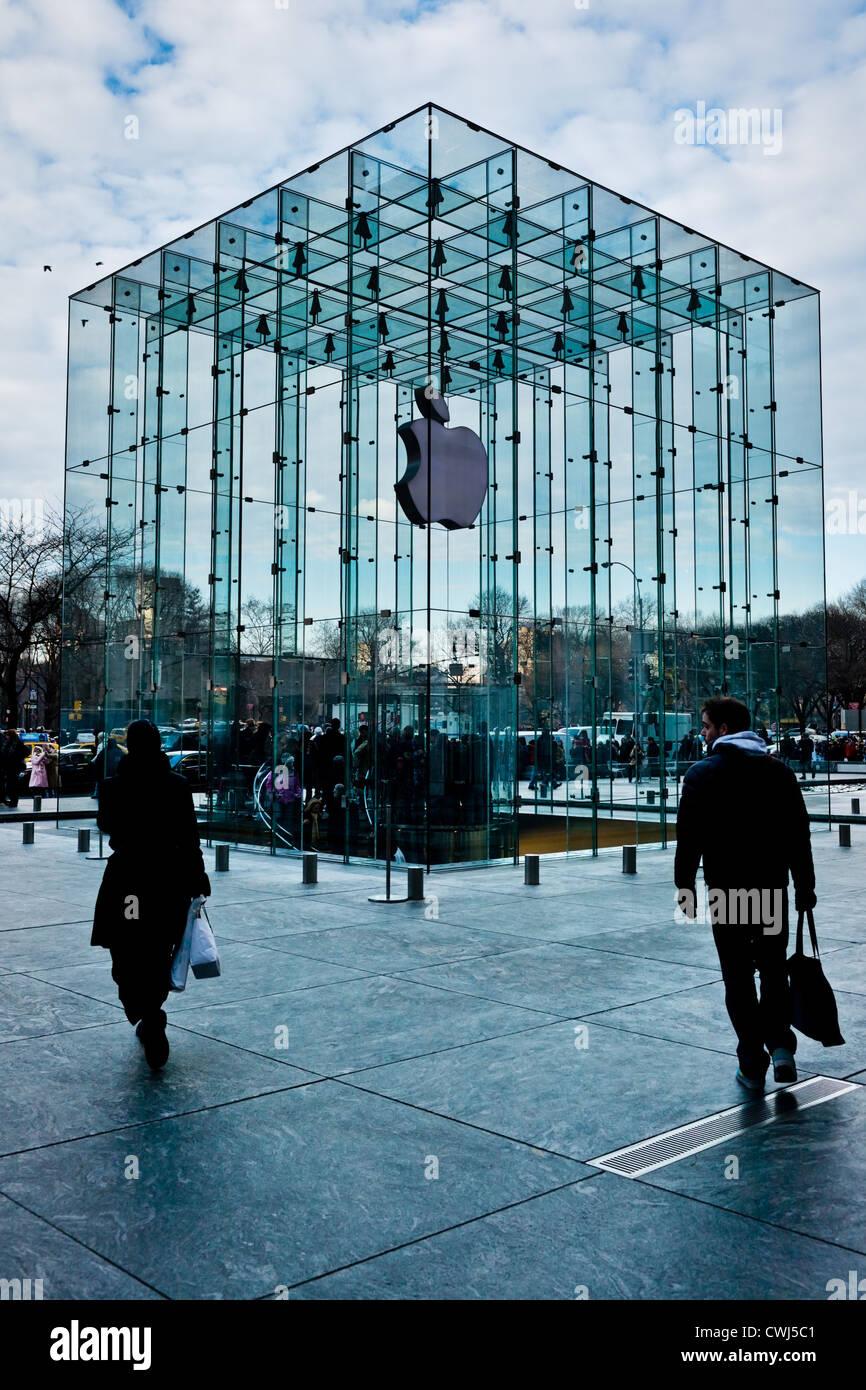 Il cubo di vetro Apple Store Fifth Avenue, Manhattan New York City Immagini Stock