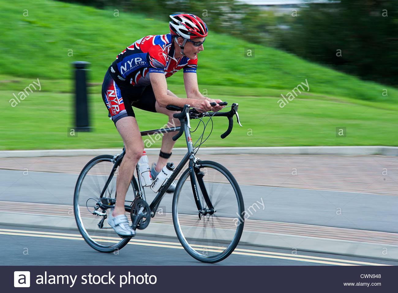 Concorrente racing nel 2011 ciclo Velo gare a Stockton-on-Tees, Cleveland. Inghilterra, Regno Unito Immagini Stock