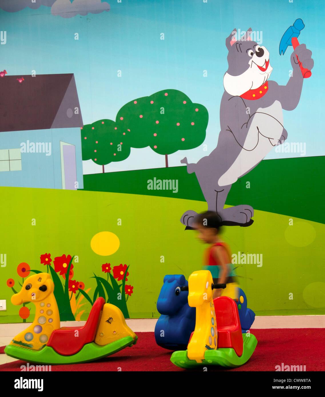 Giocattoli in asilo nido e scuola materna Immagini Stock