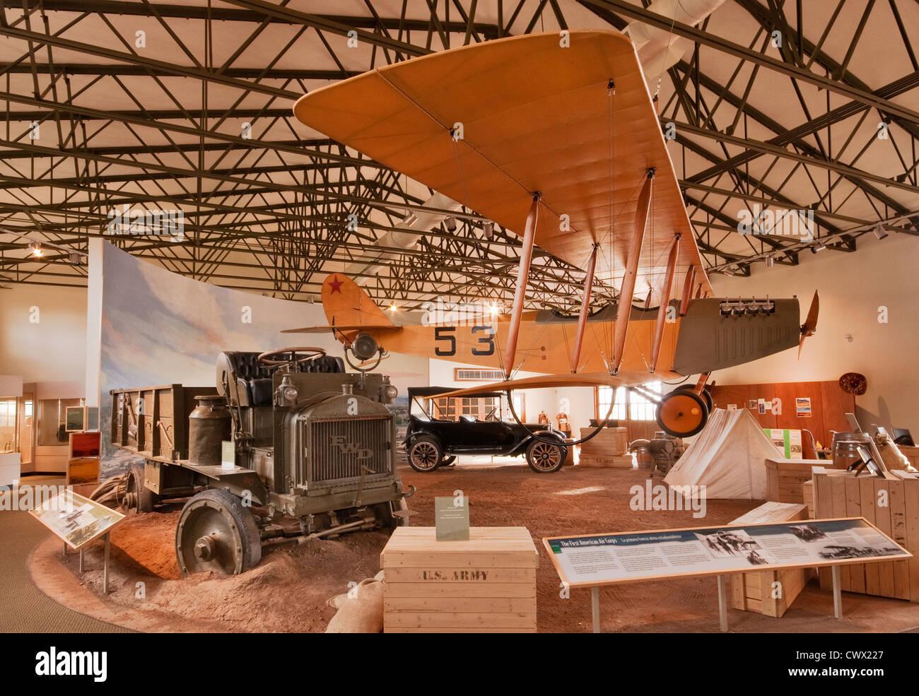 1916 Curtiss jn-3 Jenny biplano, presso la sala espositiva al Pancho Villa Parco dello Stato in Columbus, Nuovo Immagini Stock