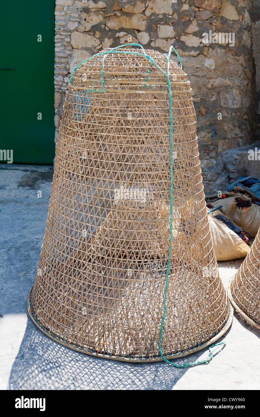 Stile tradizionale trappola di pesce dell'isola di Gozo, Mare Mediterraneo Immagini Stock