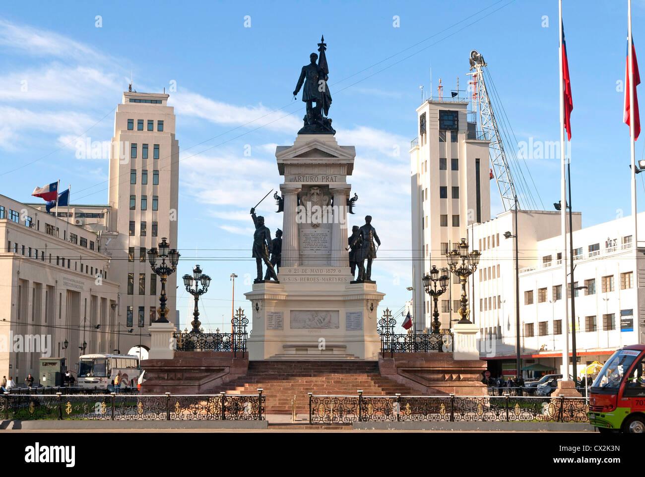 Plaza Sotomayor (piazza principale nel centro di Valparaiso), Cile, patrimonio mondiale dell UNESCO, monumento alla Immagini Stock