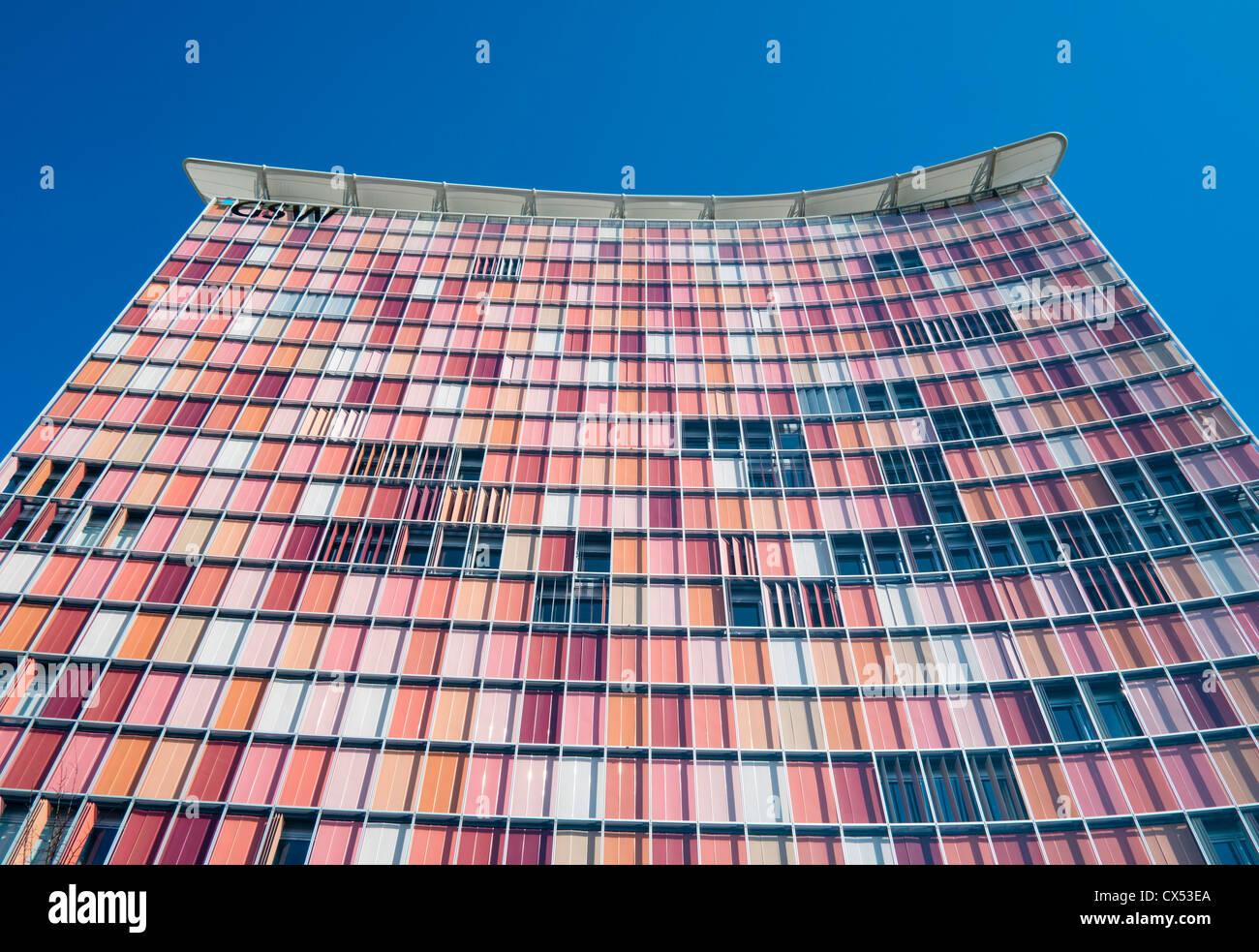 Colorata architettura moderna di GSW torre di uffici a Berlino Germania Immagini Stock