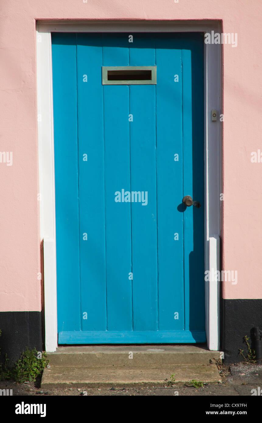 Porta blu rosa fase surround ad alta letter box Immagini Stock
