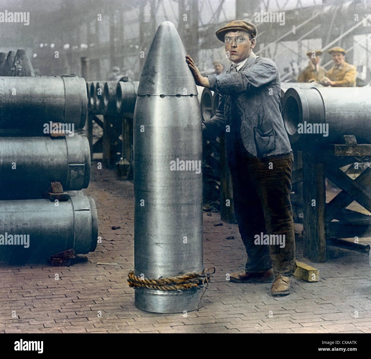 Fabbrica di munizioni, Inghilterra, 1918 Immagini Stock
