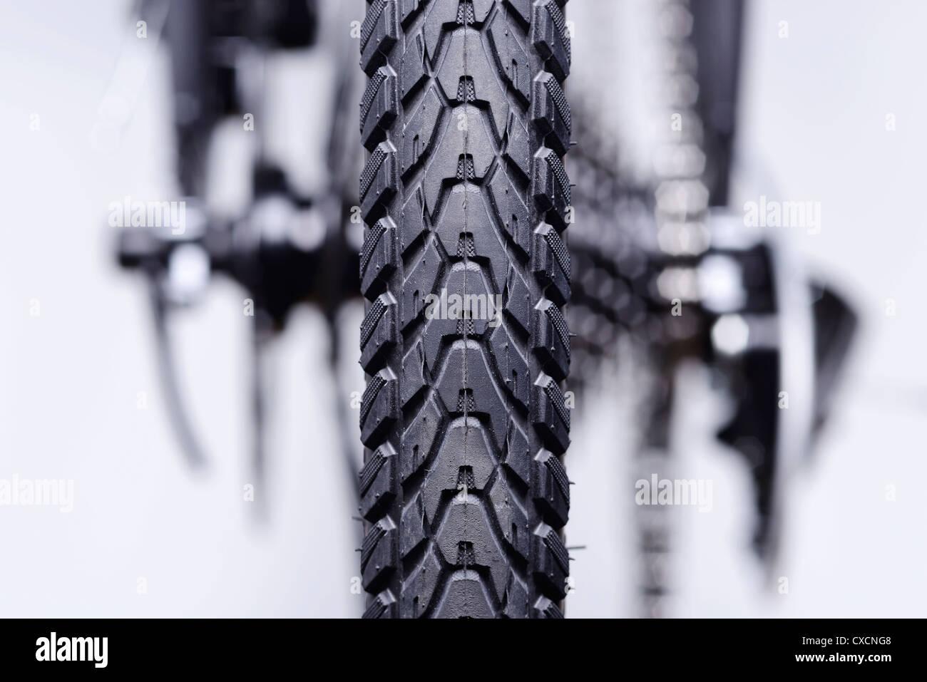 Dettaglio astratta della ruota posteriore degli ingranaggi e dei freni di una bicicletta Immagini Stock