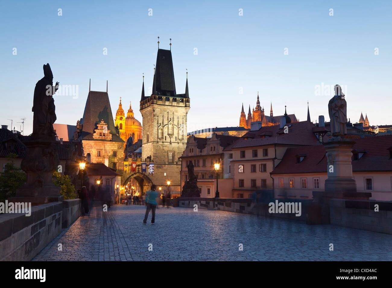 Charles Bridge, Sito Patrimonio Mondiale dell'UNESCO, Praga, Repubblica Ceca, Europa Immagini Stock