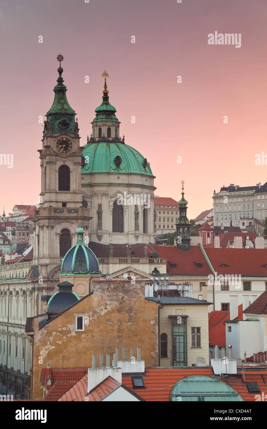 La chiesa di San Nicola, Praga, Repubblica Ceca, Europa Immagini Stock