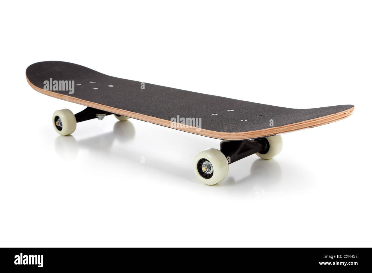 Un skateboard nero su sfondo bianco Immagini Stock