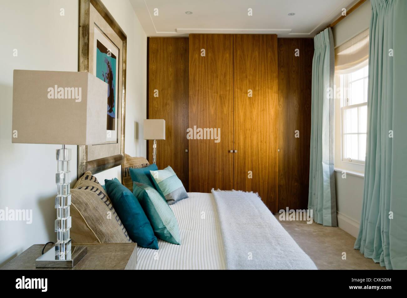 Camere Da Letto Turchese : Giorno di colore interno camera da letto letto di lusso del