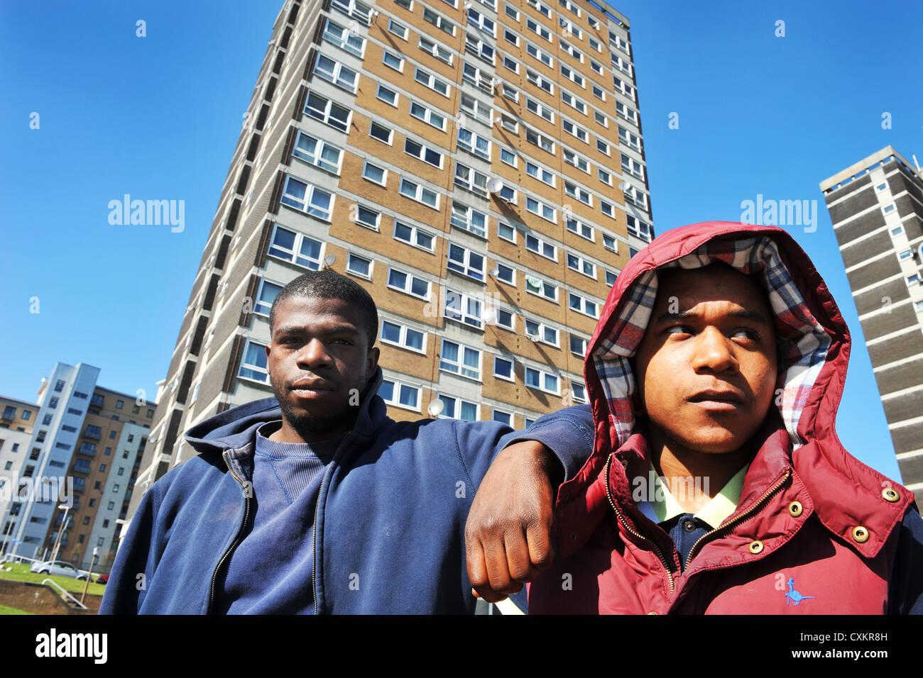 Giovani disoccupati giovani Leeds REGNO UNITO Foto Stock