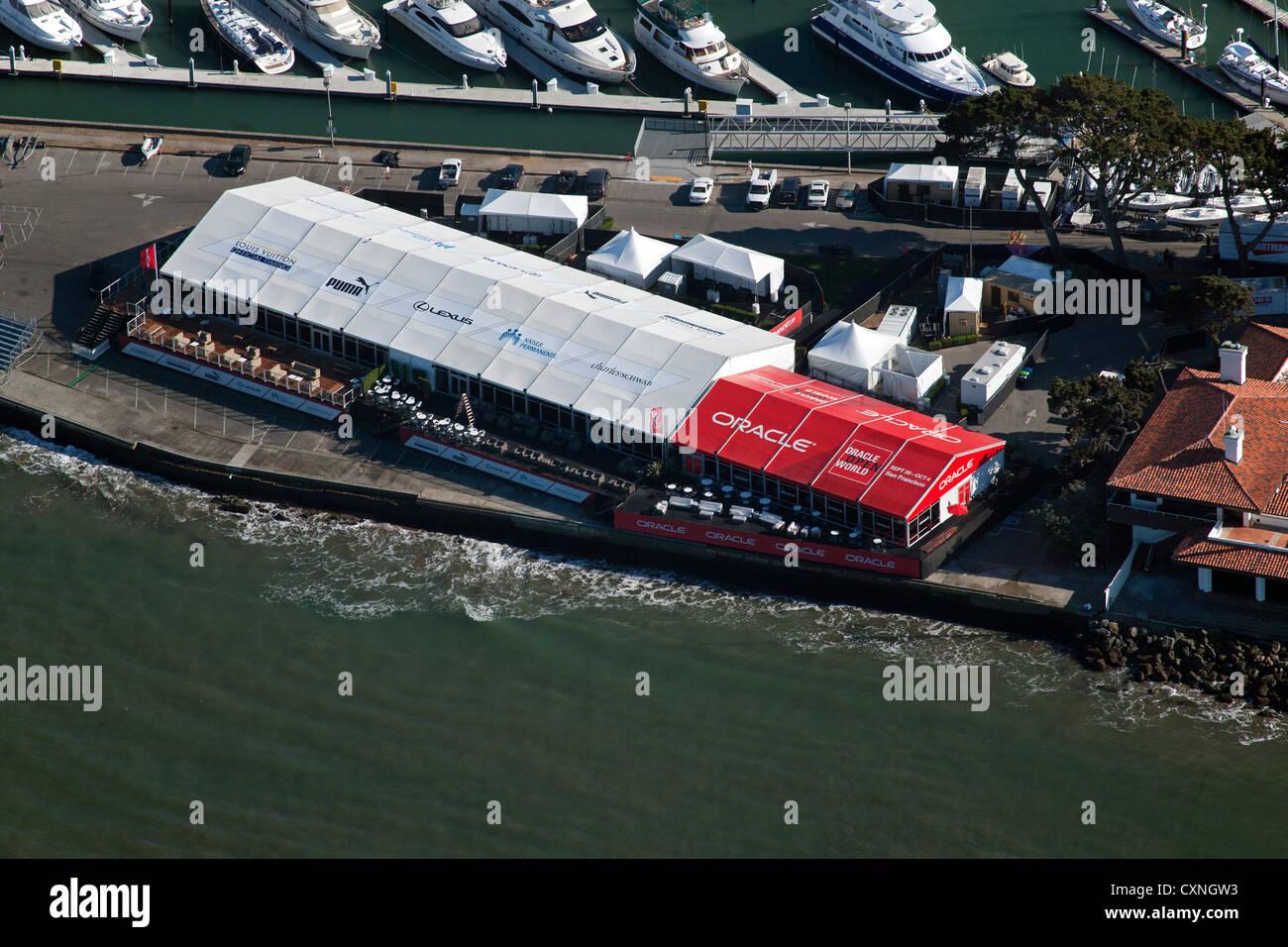 Fotografia aerea Americas Cup regata di barche a vela la baia di San Francisco in California Immagini Stock