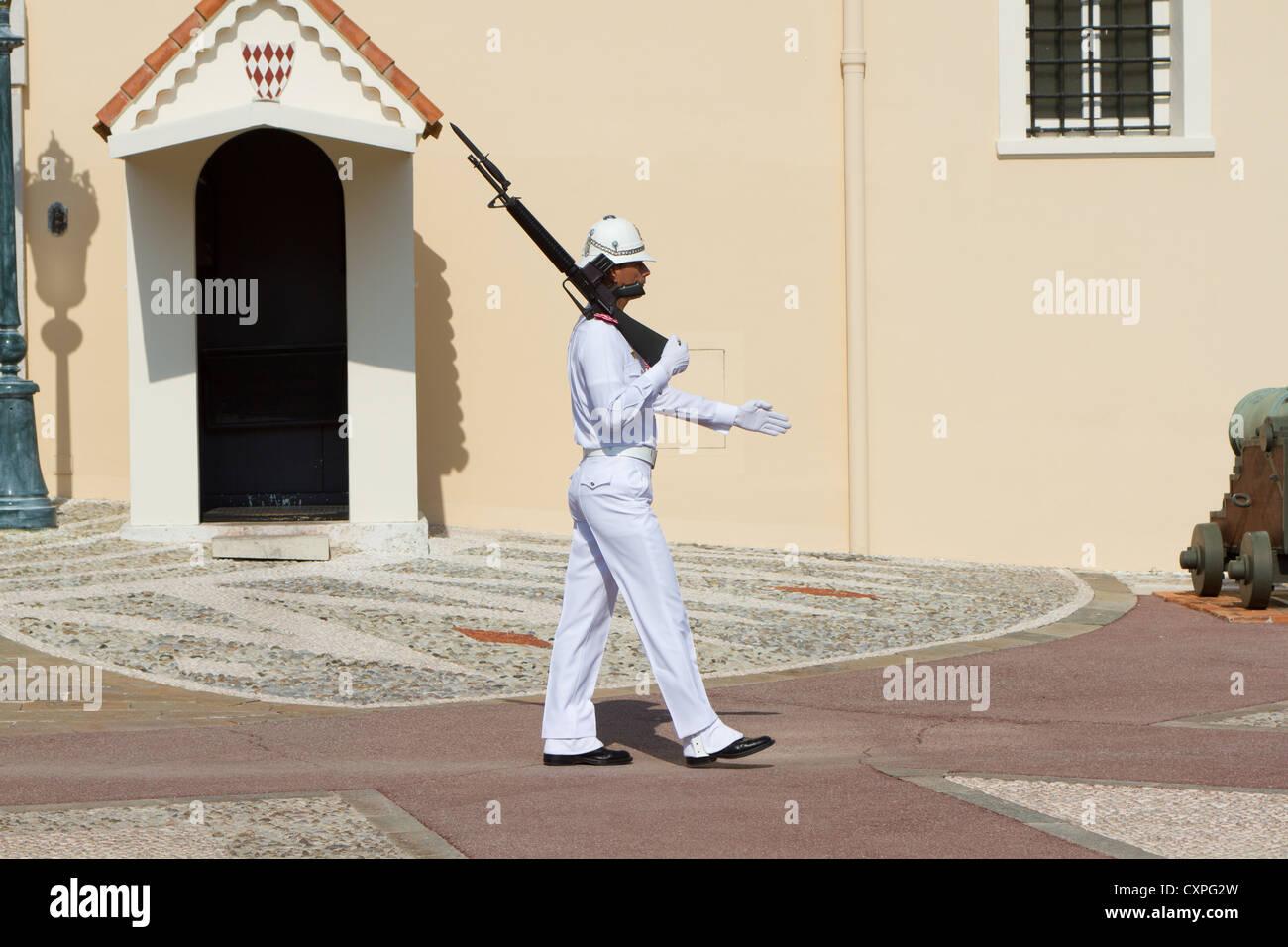 Royal Guard a palazzo Grimaldi, Monaco Immagini Stock