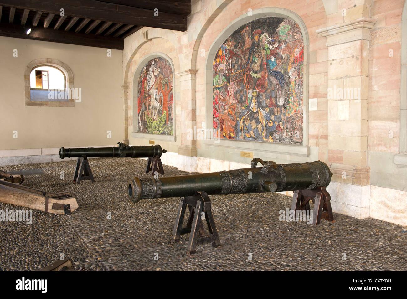 Pistole medievale dell'artiglieria di Ginevra nell'ex arsenale, Ginevra, Svizzera Immagini Stock