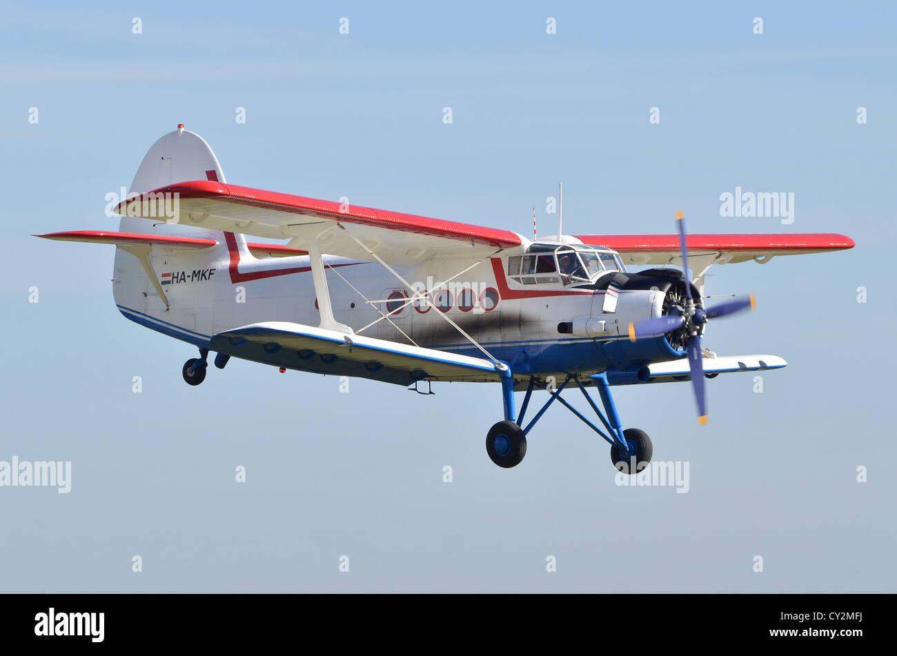 Antonov un-2TP visualizzazione biplanare a Duxford Airshow 2012 Immagini Stock